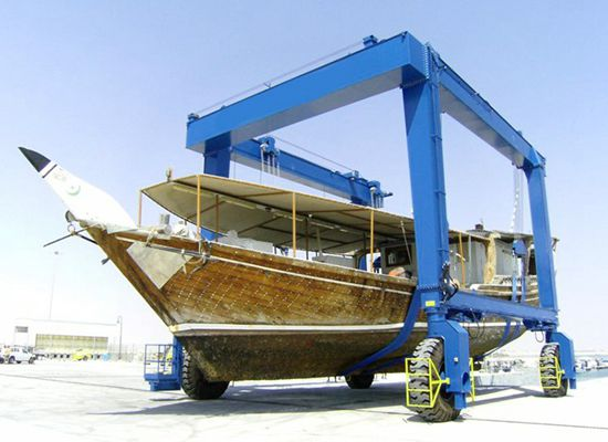 Simple Boat Hoist Crane Lift